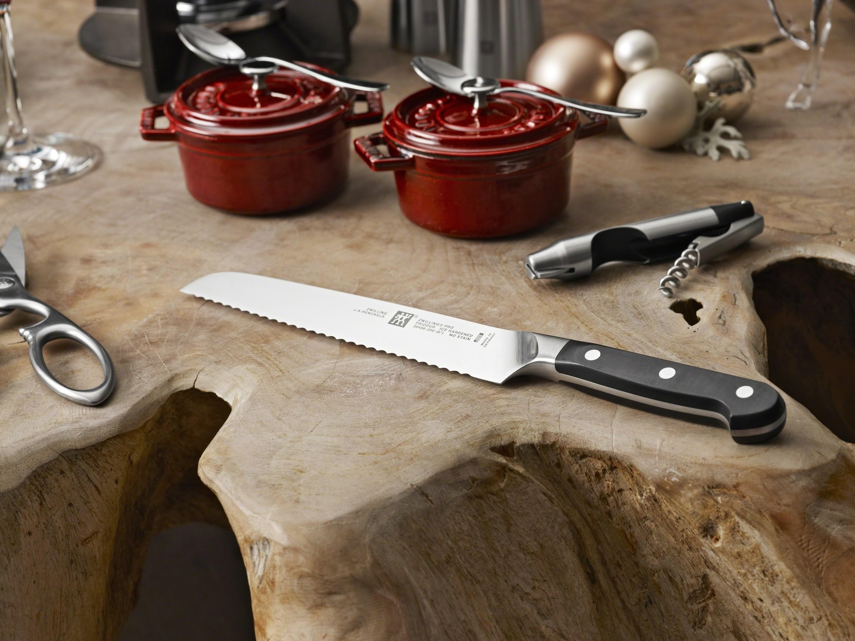 Nóż do pieczywa Zwilling Pro